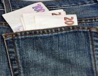 Rychlá půjčka do 10.000 Kč vám poskytne finanční prostředky, které potřebujete bez zbytečných otázek a bez papírování.