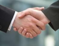 Pokud je půjčka schválena, tak jsou finanční prostředky ihned odeslány na váš bankovní účet.
